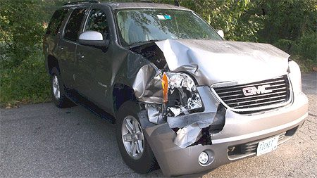 SUV Front View of Before Auto Body Repair in Troy IL