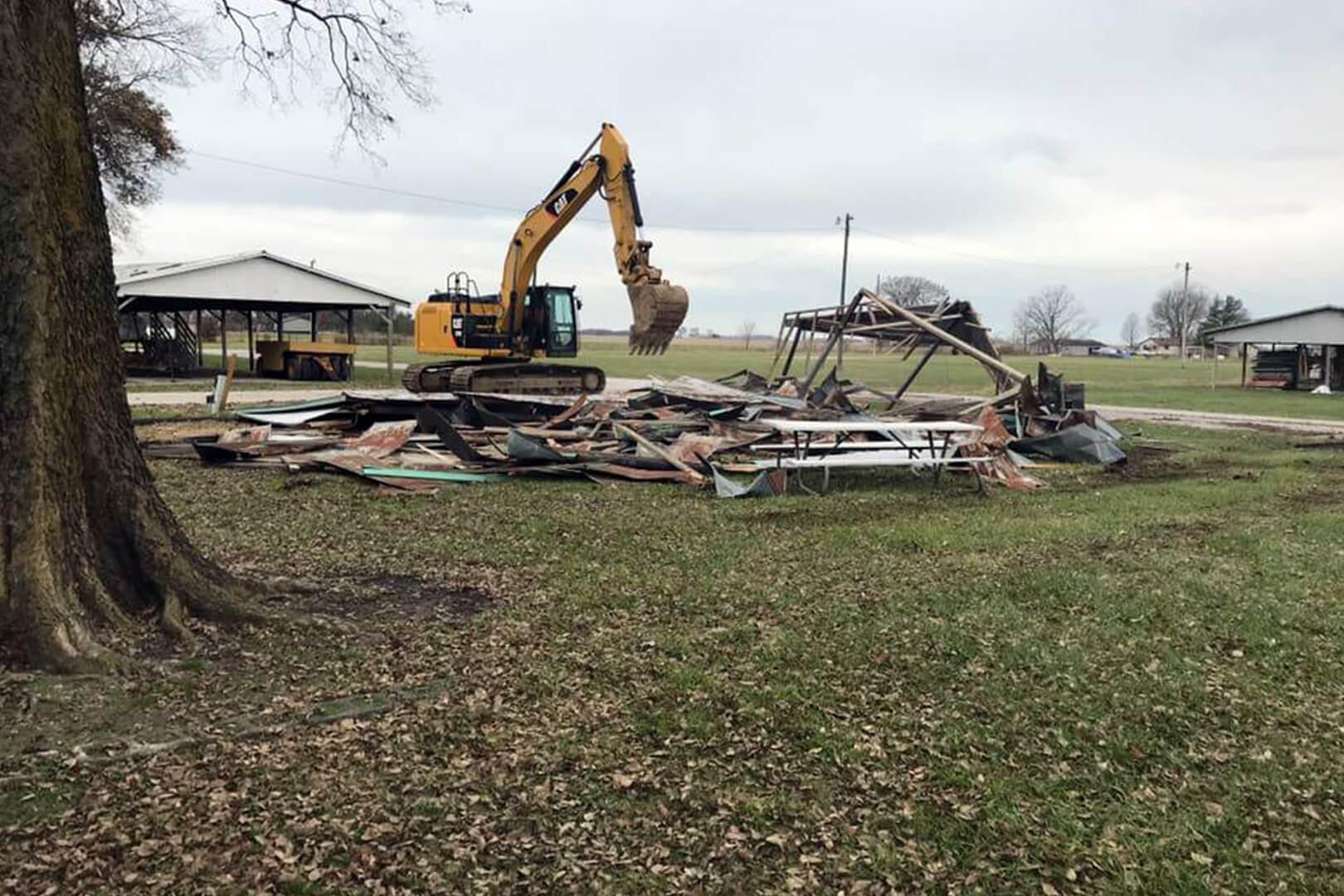 demolition services carlyle il