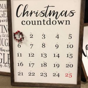 sawdust-and-glitter-gallery-christmas-signs-11.jpg