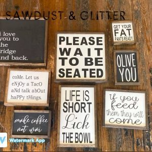 sawdust-and-glitter-gallery-christmas-signs-41.jpg
